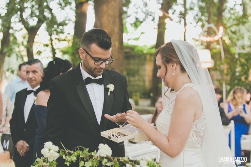 scambio anelli matrimonio civile tenuta tresca