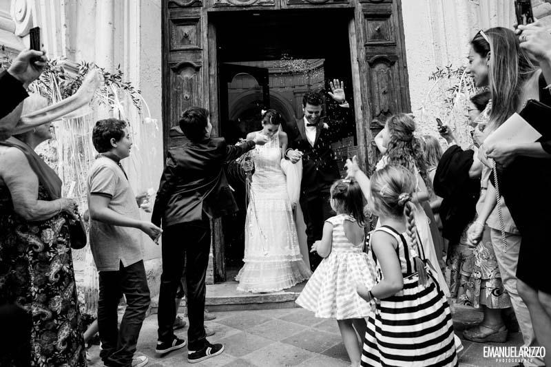 uscita sposi matrimonio chiesa san matteo lecce