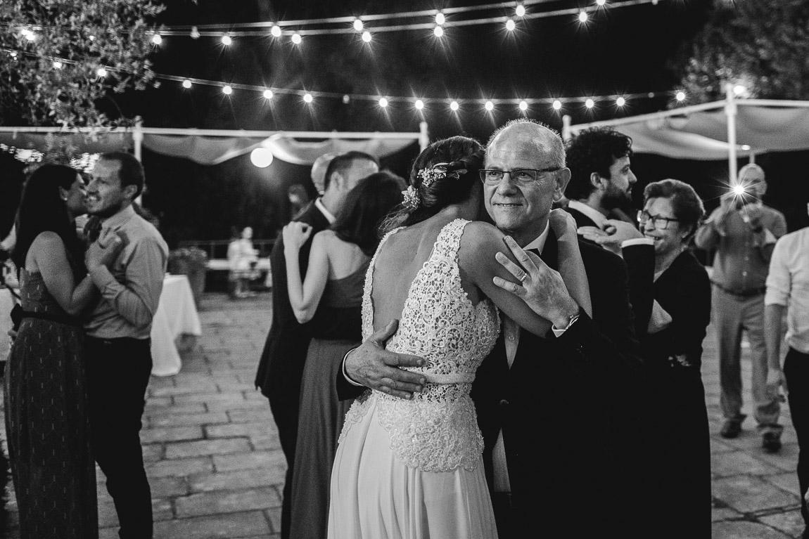 la sposa balla con papà matrimonio tenuta tresca botrugno